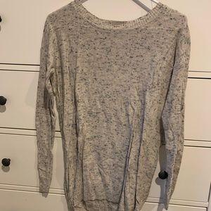 Rubbish sweater size small